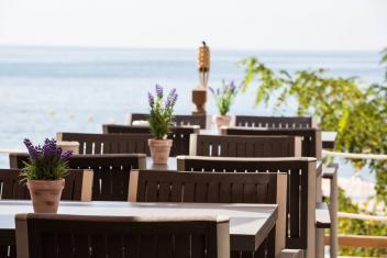 Bienvenidos al Beach Club Son Caliu frente al mar y acceso directo a la playa